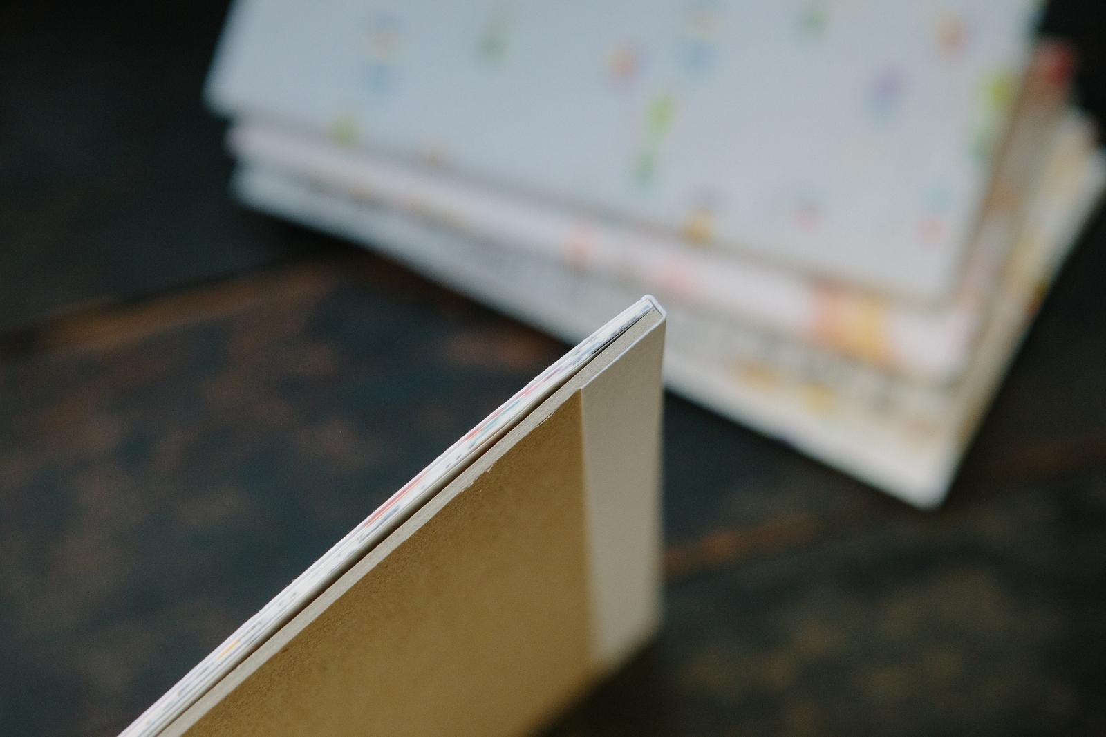 野地足跡白牛皮包裝紙本